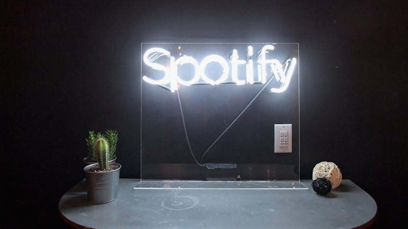Illustration for article titled Spotify says it overpaid publishers last year and wants its money back and good luck with that