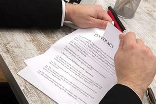 Illustration for article titled Question for the lawyers - What makes a signed contract un-enforceable?