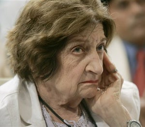 Illustration for article titled Longtime White House Reporter Helen Thomas Is Critical Of Even Her Own Behavior