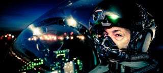 Illustration for article titled The New Striker II Is the World's Most Advanced Fighter Pilot Helmet
