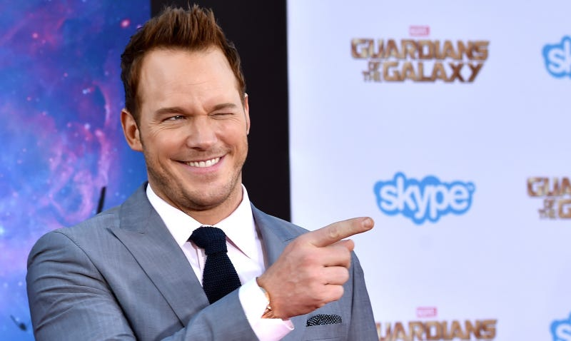 Anna Faris live-tweets while getting ready for 'Guardians' premiere