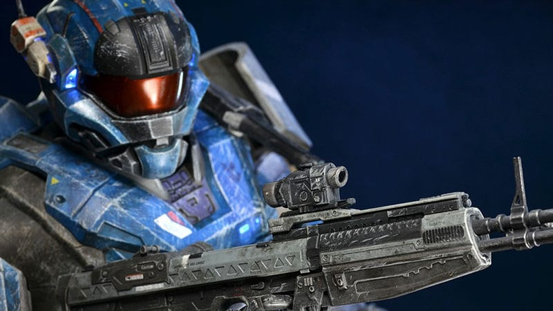 Illustration for article titled This Is The World's Most Fabulous Halo Action Figure