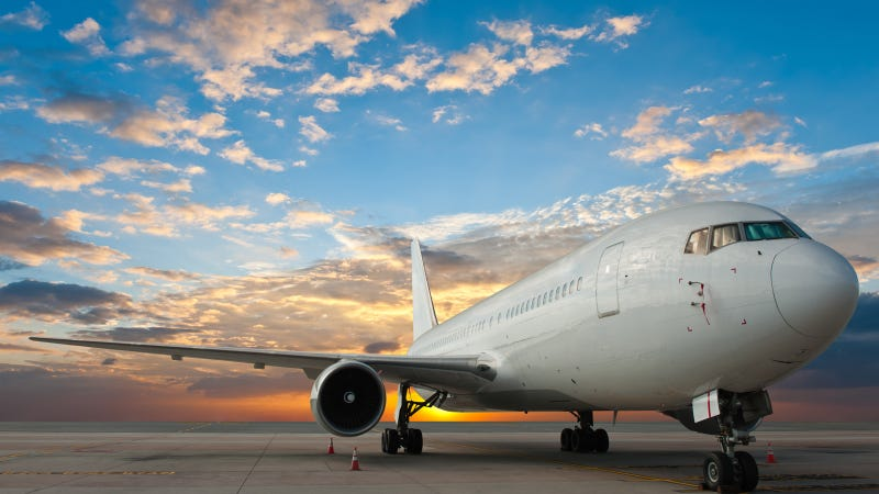 Illustration for article titled Un hacker asegura poder manipular aviones usando la WiFi a bordo