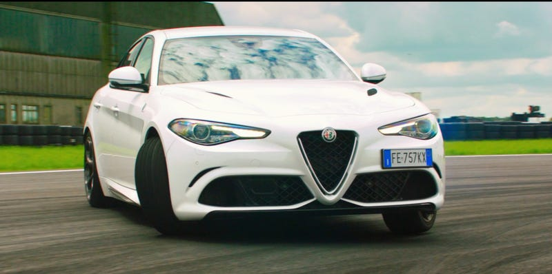 Illustration for article titled Best Alfa Romeo Ad Ever