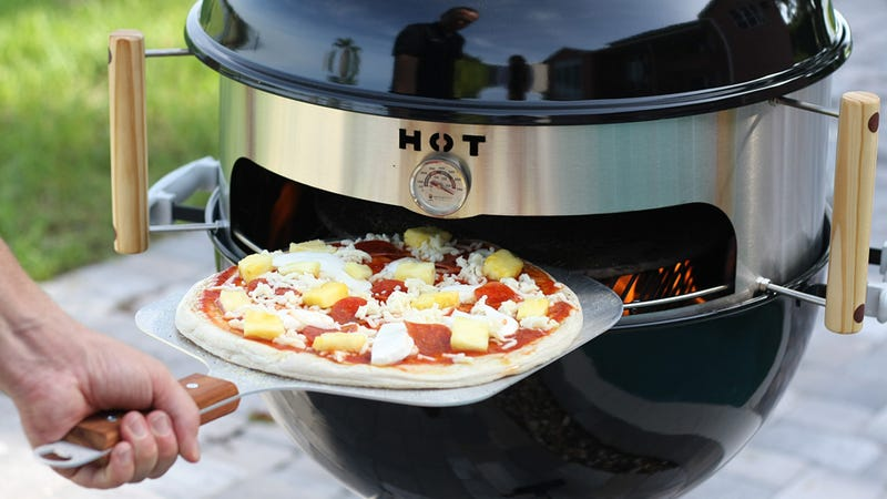 Turn Your Kettle Grill Into A Backyard Pizza Oven