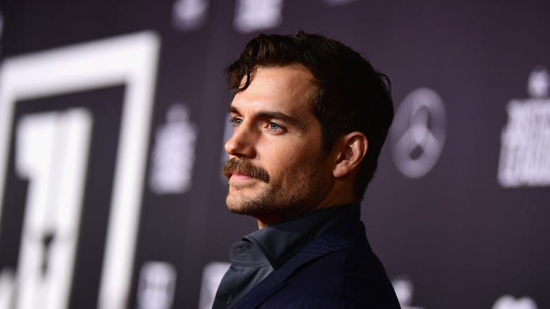 Illustration for article titled Henry Cavill has been freed from the DC Cinematic Universe