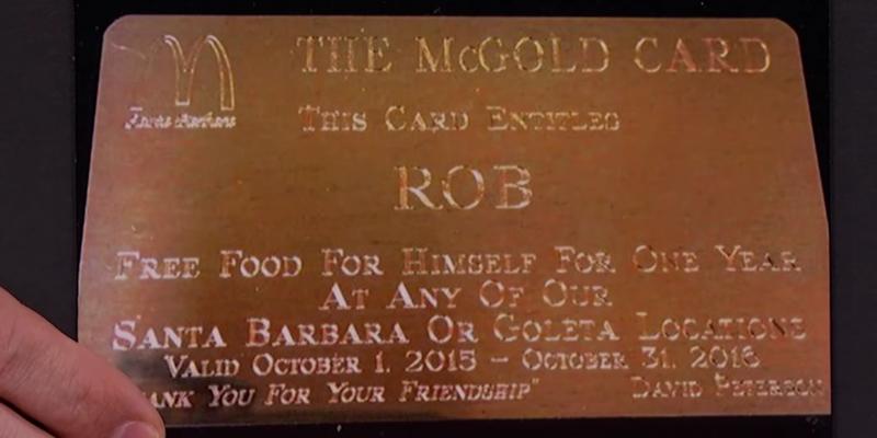 Esta tarjeta permite comer gratis de por vida en todos los McDonalds y Burger King, pero sólo unos pocos la tienen