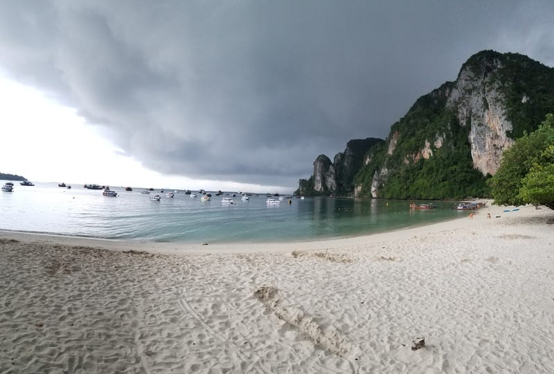 Illustration for article titled Day 11. Made it to Koh Phi Phi
