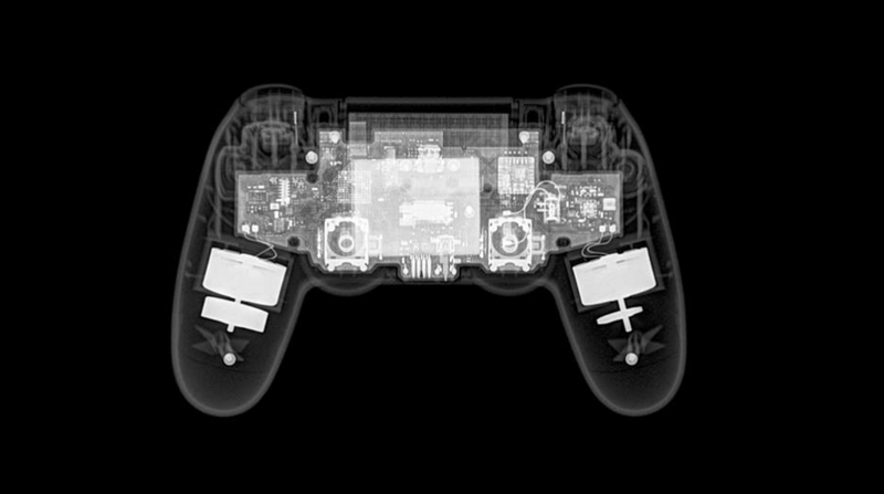 Illustration for article titled What An X-Ray Of A PS4 Controller Looks Like