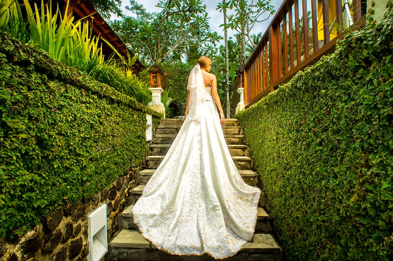 Illustration for article titled Nandini Jungle Resort & Spa –Luxury Jungle Resort in Indonesia to Stay and Wedding Ceremony