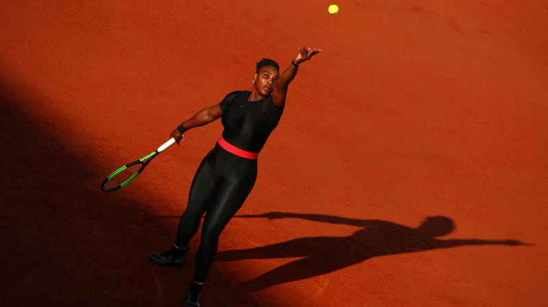 Illustration for article titled Serena Williams And Maria Sharapova Advance To Marquee Showdown At French Open
