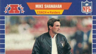 Illustration for article titled Mike Shanahan Once Ordered Elvis Grbac To Drill Al Davis In The Head With A Pass