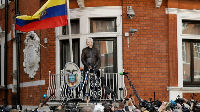 Ecuador Claims It s Been Hit With 40 Million Cyberattacks Since Giving Up Julian Assange
