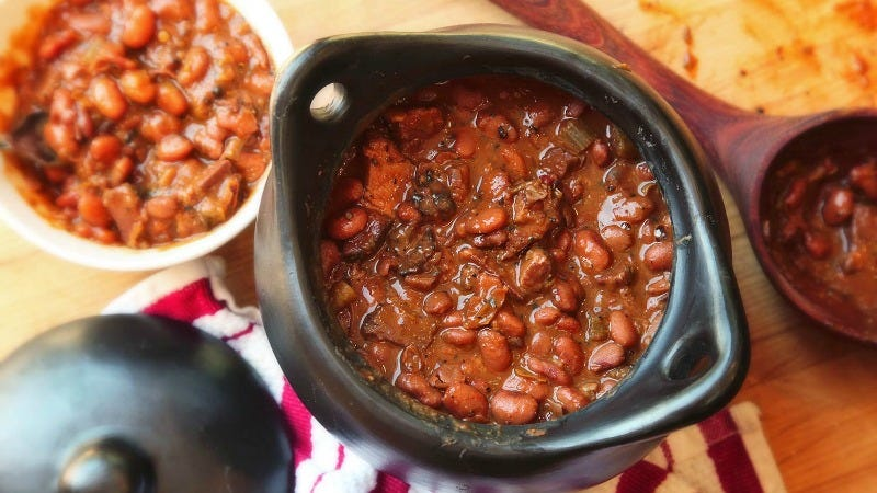 Illustration for article titled Use Leftover Smoked Meat to Flavor Beans and Rice Dishes