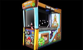 Illustration for article titled Angry Birds Arcade Game Looks Pretty Cool