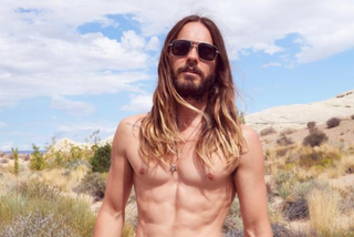 Illustration for article titled Shirtless Jared Leto With Fanny Pack Wants to Sell You His Fanny Pack