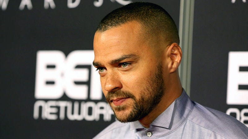 Illustration for article titled 4,500 Idiots Want Jesse Williams Fired From Grey's Anatomy for His Speech at the BET Awards
