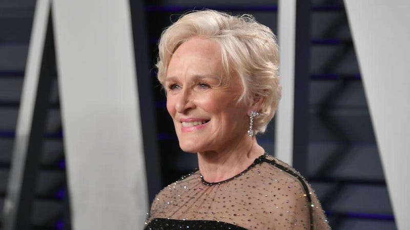 Illustration for article titled Glenn Close's tribute to Notre Dame foiled by Instagram