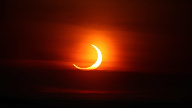 The 9 Best Photos of This Morning s Sunrise Eclipse