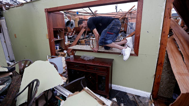 Massive Tornado Hits East New Orleans, Leaving Injuries in Its Wake