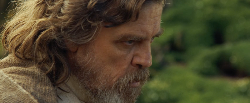 Illustration for article titled Star Wars: Episode VIII Begins Filming Mark Hamill's Face and Adds New Cast Members
