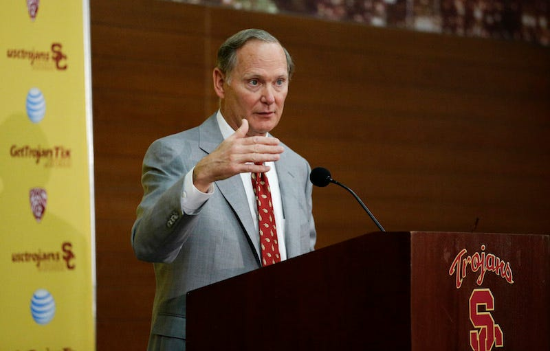 Illustration for article titled USC Athletic Director Pat Haden To Step Down In June