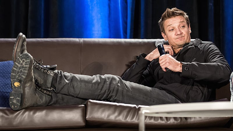 Illustration for article titled Superb Human Jeremy Renner Cannot Be Bothered to Fight For Equal Pay