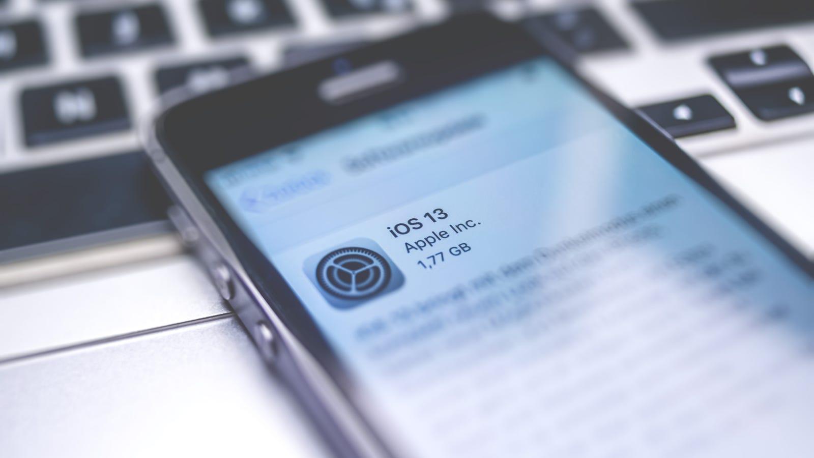 How to Survive Apple's iOS 13 Update Blitz