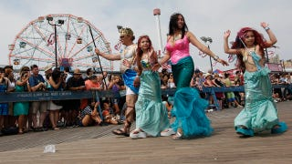 Illustration for article titled A Look At The 2011 Coney Island Mermaid Parade