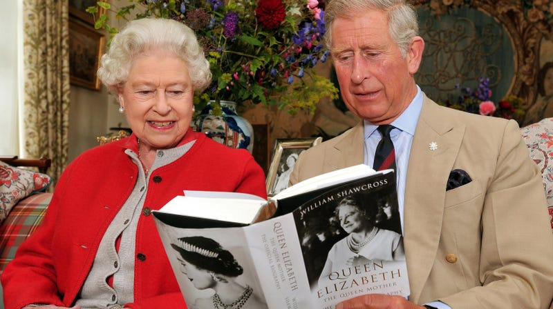 Illustration for article titled Prince Charles Has Squirrels Running Around His House???