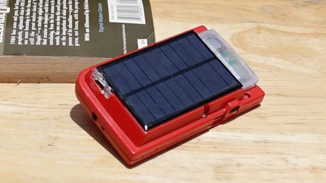 Your Battery-Hungry Game Boy Pocket Will Never Run Out of Power With This Solar Panel Hack