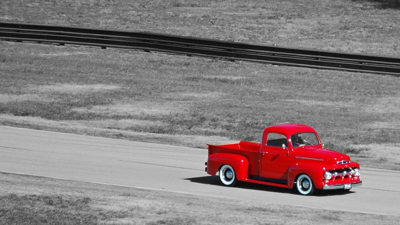 Illustration for article titled Your ridiculously cool 1951 Ford F-1 wallpaper is here