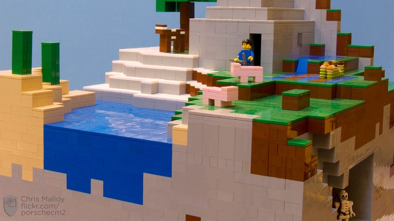 Illustration for article titled Minecraft LEGO? It's Happened