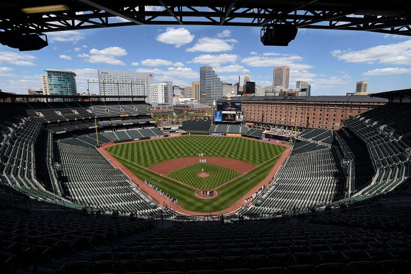 Illustration for article titled Photos: An empty stadium in Baltimore hosts a MLB baseball game