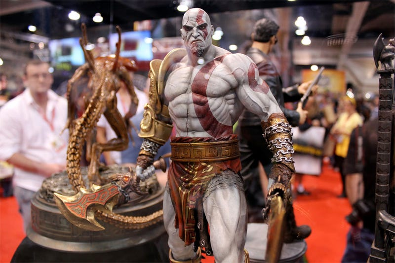 Illustration for article titled Comic-Con's Most Pissed Statue? The God of War!