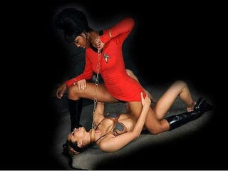 Illustration for article titled Slave Leia and Uhura collide in the Star Trek/Star Wars crossover we all secretly want