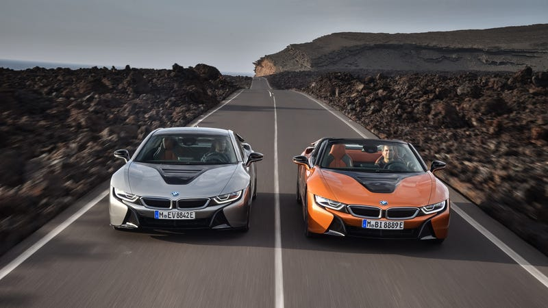 Illustration for article titled The New BMW i8 Coupe And Roadster Now Have Longer Range And 374 HP
