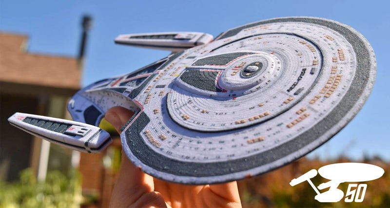 Illustration for article titled Build Your Own Starfleet With These Customized 3D-Printed Star Trek Ships