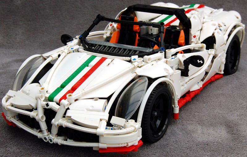 Illustration for article titled This Lego Alfa Romeo 4C Spider even has a flappy gearbox