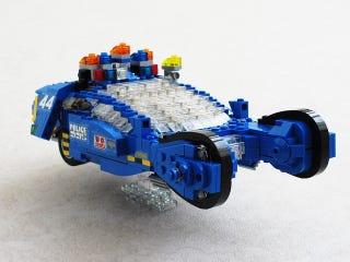 Illustration for article titled Lego Blade Runner Police Spinner