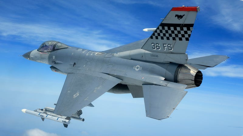 Illustration for article titled 75 Amazing Images Of U.S. Air Power In South Korea