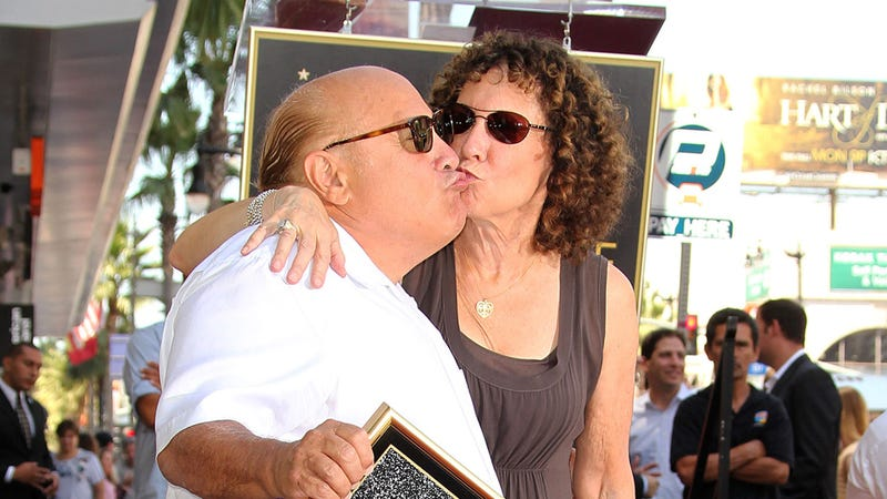 Illustration for article titled Everything Might Be OK After All: Rhea Perlman and Danny Devito Are 'Working on It.'