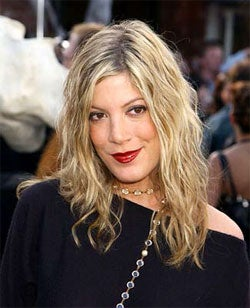 Illustration for article titled Our Faith In God Continues To Dwindle If Tori Spelling Is Now A Minister