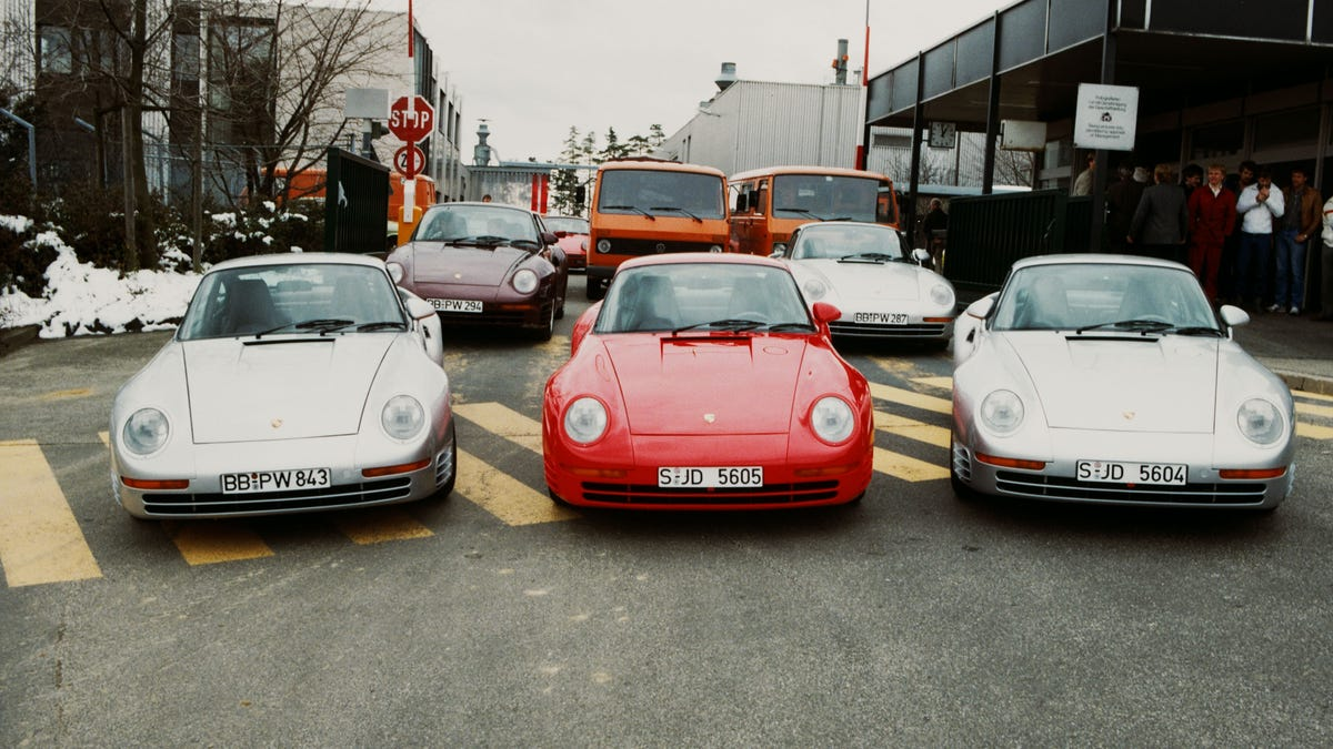 Porsche 959 For Sale >> The Porsche 959 S History Was Way More Of A Disaster Than You Know