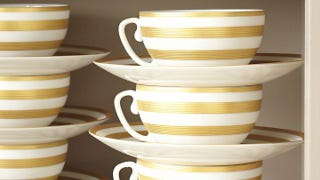 Illustration for article titled Stack Teacups and Saucers Together to Avoid Toppling
