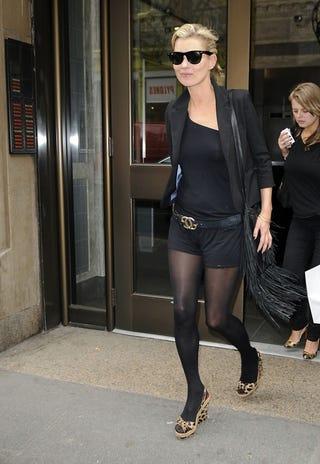 Illustration for article titled Kate Moss: Back In Black