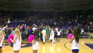 Illustration for article titled TCU's Upset Of UNLV Triggers Saddest Court-Storming Ever