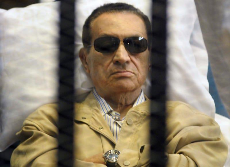 Illustration for article titled Több mint ezer halott Egyiptomban, szabadul az egykori zsarnok