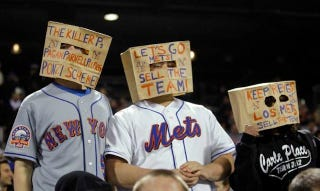 Illustration for article titled So It's Come To This: Mets Fans Wearing Paper Bags