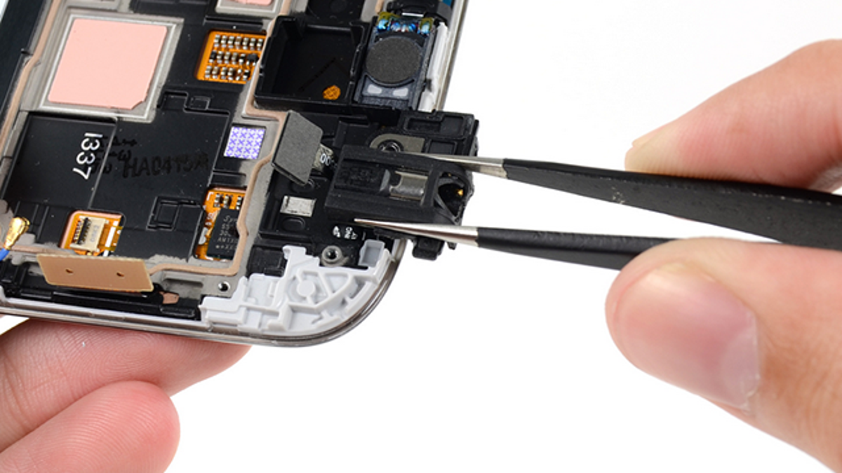 The Most Common Smartphone Repairs You Can Do Yourself